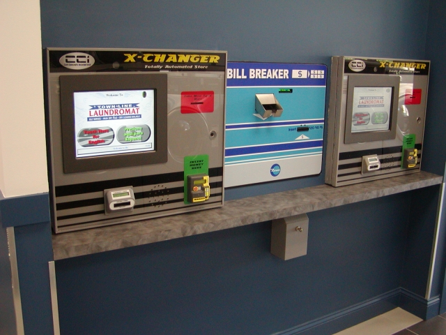 CCI - Magnetic Card System with Rowe Bill Breaker Thumbnail