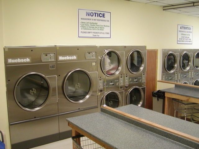 Large 75 lbs. Dryers - great for Comforters & Blankets Thumbnail